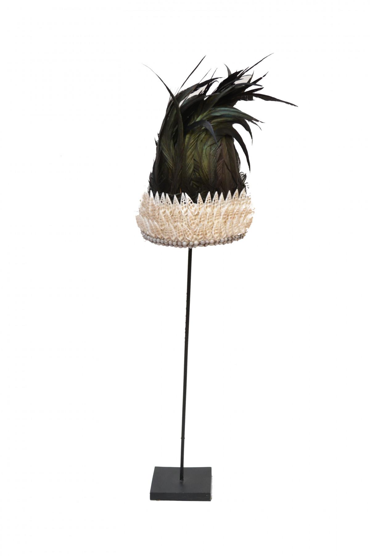 Coiffe  Papou en plumes et coquillages 1