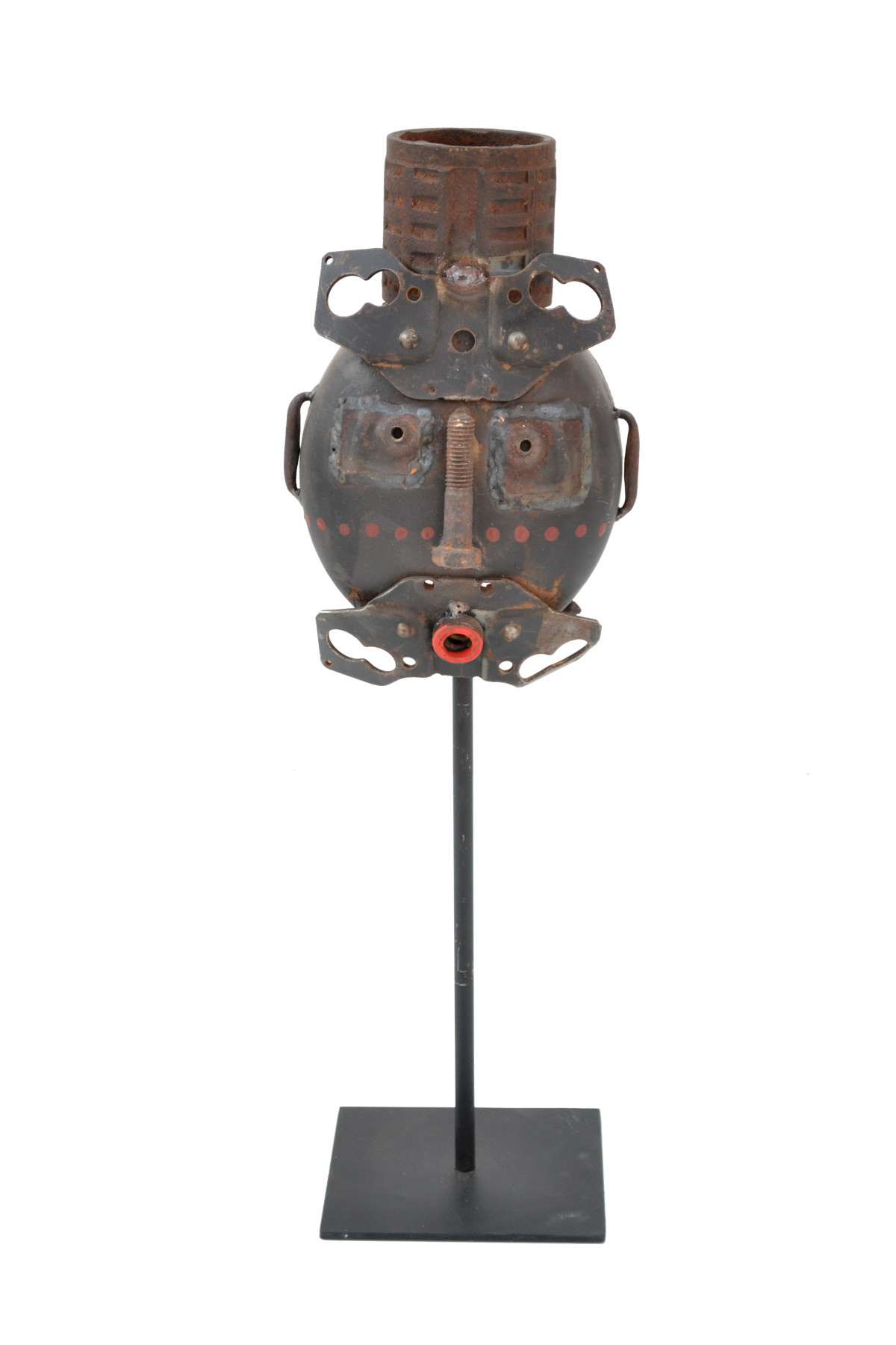 Masque en métal de Prakit Seehawong 1