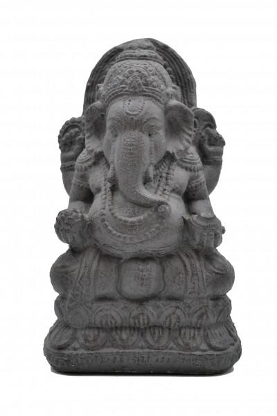 Ganesh assis en pierre de lave reconst.