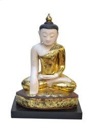 Bouddhas en marbre