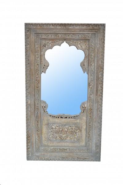 miroir en bois sculpté patiné